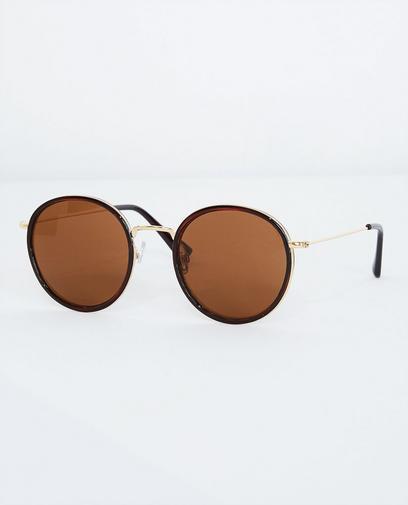 Grote bruine zonnebril